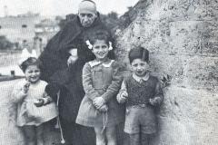 Fra' Giuseppe e i bambini